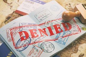 Bị Mỹ cấm nhập cảnh vĩnh viễn chỉ vì... mạng ngắt kết nối