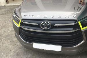 Tại sao tài xế Việt hay dán dòng chữ 'DISCOVERY' lên xế hộp của mình?