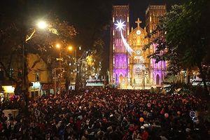 10 địa điểm đón Giáng sinh đẹp mê mẩn ở Hà Nội