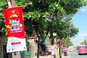 Quảng cáo bát nháo, băng rôn Anh văn Hội Việt – Mỹ bị 'dẹp' ở TPHCM