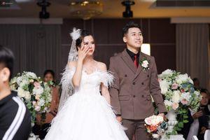 Hé lộ không gian đám cưới vô cùng ấm cúng và hạnh phúc của vlogger đình đám Huy Cung