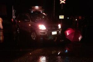 Nam thanh niên đi xe máy tử vong do đâm vào xe biển Lào