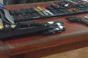 Hà Nội: 'Chặt đứt' đường dây bán vũ khí trên mạng xã hội