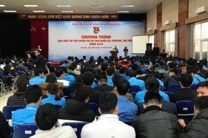 Hào hứng các hoạt động bên lề 'Ngày hội đồng hành cùng thanh niên'