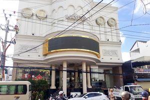 Kiểm tra karaoke Luxury ở Nha Trang, phát hiện nhiều ma túy