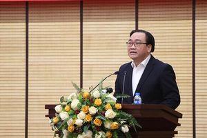 Hà Nội: Cán bộ, công chức phải đi đầu thực hiện hai bộ quy tắc ứng xử