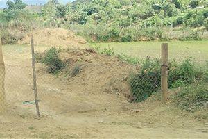 Cán bộ thôn lập 'BOT' thu phí đường lên rẫy 300.000 đồng/lượt