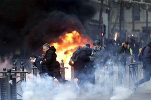 Kinh tế Pháp bị ảnh hưởng do biểu tình