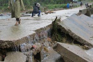 Cảnh báo mưa lớn tiếp diễn ở miền Trung