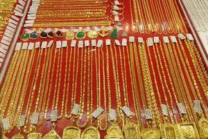 Giá vàng lại tăng thêm