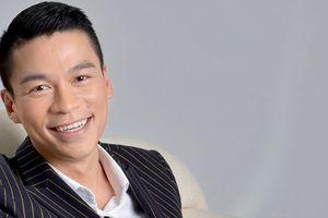 Nhà thiết kế Adrian Anh Tuấn tham gia tuần lễ thời trang tại Trung Quốc