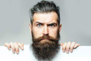 4 dấu hiệu trên bộ râu 'tố cáo' sức khỏe của bạn