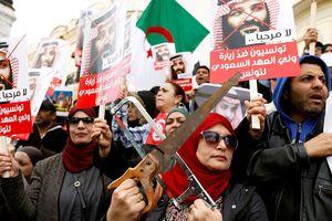 Vụ Khashoggi: Hung thủ vừa cưa thi thể nạn nhân, vừa báo cáo với Riyadh?