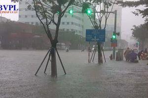 Mưa vẫn chưa dứt, học sinh tại Đà nẵng có thể sẽ phải nghỉ học vào ngày mai