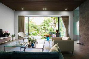 Ngôi nhà thiết kế như resort giữa phố ở Thanh Hóa