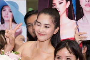 Hoa hậu Tiểu Vy rạng rỡ về nước trong đêm muộn sau khi thi Miss World