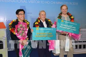 Tp. Hồ Chí Minh đón vị khách quốc tế thứ 7 triệu