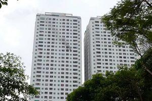 Hà Nội: Cháy lớn ở khu chung cư Linh Đàm nghi do có người tự tử?