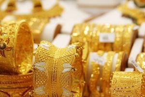 Giá vàng ngày 10/12: Bất ngờ tăng cao trở lại