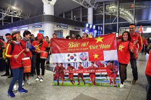 VFF cảnh báo cổ động viên Việt Nam khi đặt chân tới 'chảo lửa' Bukit Jalil