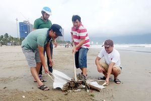 Lãnh đạo Đà Nẵng kêu gọi toàn thành phố dọn rác sau mưa lớn