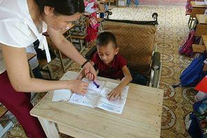 Kinh nghiệm giáo dục học sinh khuyết tật hòa nhập của trường miền núi