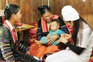 ADB viện trợ không hoàn lại cho Việt Nam 12 triệu USD để phát triển y tế