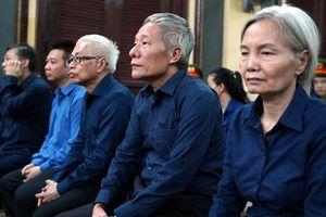 Bị cáo Kim Xuyến mong Trần Phương Bình 'nhớ lại' việc đã chuyển trả cổ phần
