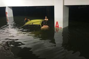 Cửa ngõ tây bắc Đà Nẵng tê liệt vì nước lên lại