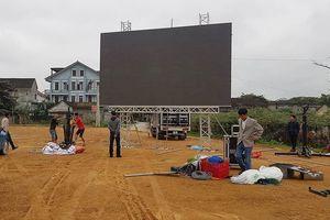 Nhiều nơi ở Hà Tĩnh lắp màn hình 'khủng' xem chung kết AFF Cup