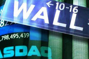 Dow Jones mất 500 điểm rồi hồi phục trong phiên giao dịch đầy kịch tính