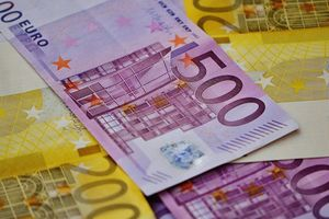Cái giá đắt châu Âu phải trả vì tham nhũng