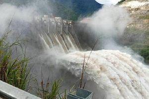 Thủy điện 'tăng điều tiết' xả lũ, Huế cảnh báo lũ trên sông Bồ