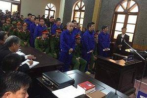 Bị cáo đi cấp cứu, hoãn phiên xử vụ thủy điện Sơn La