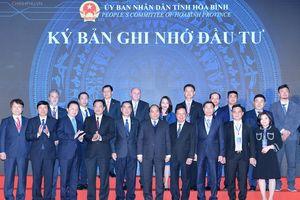Thủ tướng Nguyễn Xuân Phúc: Hòa Bình cần tập trung phát triển trên 4 lĩnh vực lớn