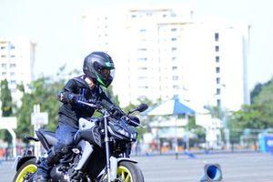 Yamaha công bố giá bán cặp đôi MT-09 và XSR900 tại Việt Nam