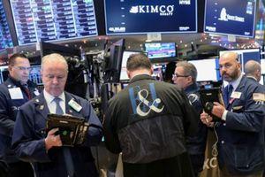 Chứng khoán Mỹ chuyển 'xanh' phút chót nhờ cổ phiếu công nghệ
