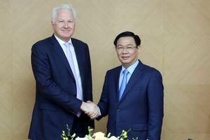 Phó Thủ tướng Vương Đình Huệ làm việc với Tập đoàn Clermont về ngân hàng số