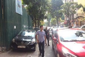 Xây dựng bãi đỗ xe thông minh trên phố Nguyên Hồng: Vì sao chậm thực hiện?