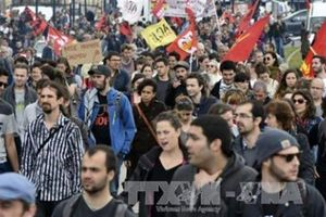 Pháp: Danh sách yêu cầu hay Tuyên ngôn Tháng Mười Hai?