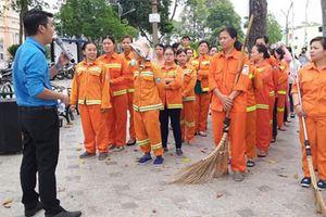 Trang bị kỹ năng tự vệ cho nữ công nhân vệ sinh