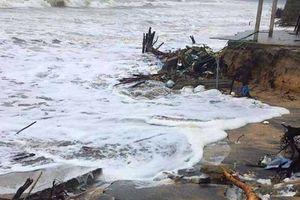 Mưa lớn gây sạt lở tại nhiều đoạn bờ sông, bờ biển ở Thừa Thiên - Huế