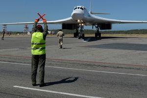 Nga đưa máy bay chiến lược đến Venezuela làm gì?