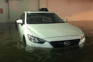 Siêu xe ngập nước: Mất đứt 2 tỷ, khốn khổ vừa đi vừa sửa