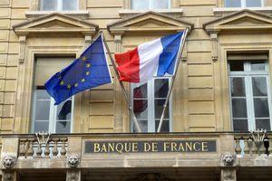 Ngân hàng Trung ương Pháp hạ dự báo tăng trưởng do biểu tình