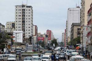 Ngân sách Mozambique thâm thủng vì 30.000 'viên chức khống'
