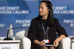 Bà Mạnh Vãn Chu được trở về nhà sau khi nộp 10 triệu USD tiền bảo lãnh