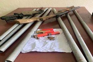 Thanh Hóa: Bắt 2 đối tượng gây án bằng súng tự chế và dao kiếm