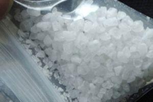Bắt giữ 2 đối tượng tàng trữ trái phép ma túy