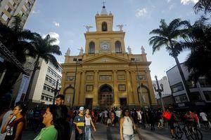Brazil: Nổ súng ở nhà thờ, 9 người thương vong